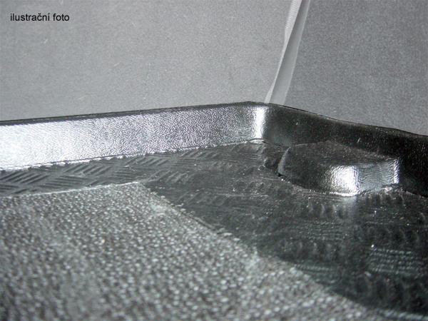 Plastová vana do kufru Rezaw Plast Audi A1 2010- / Audi A1 Sportback 2012- s protiskluzem