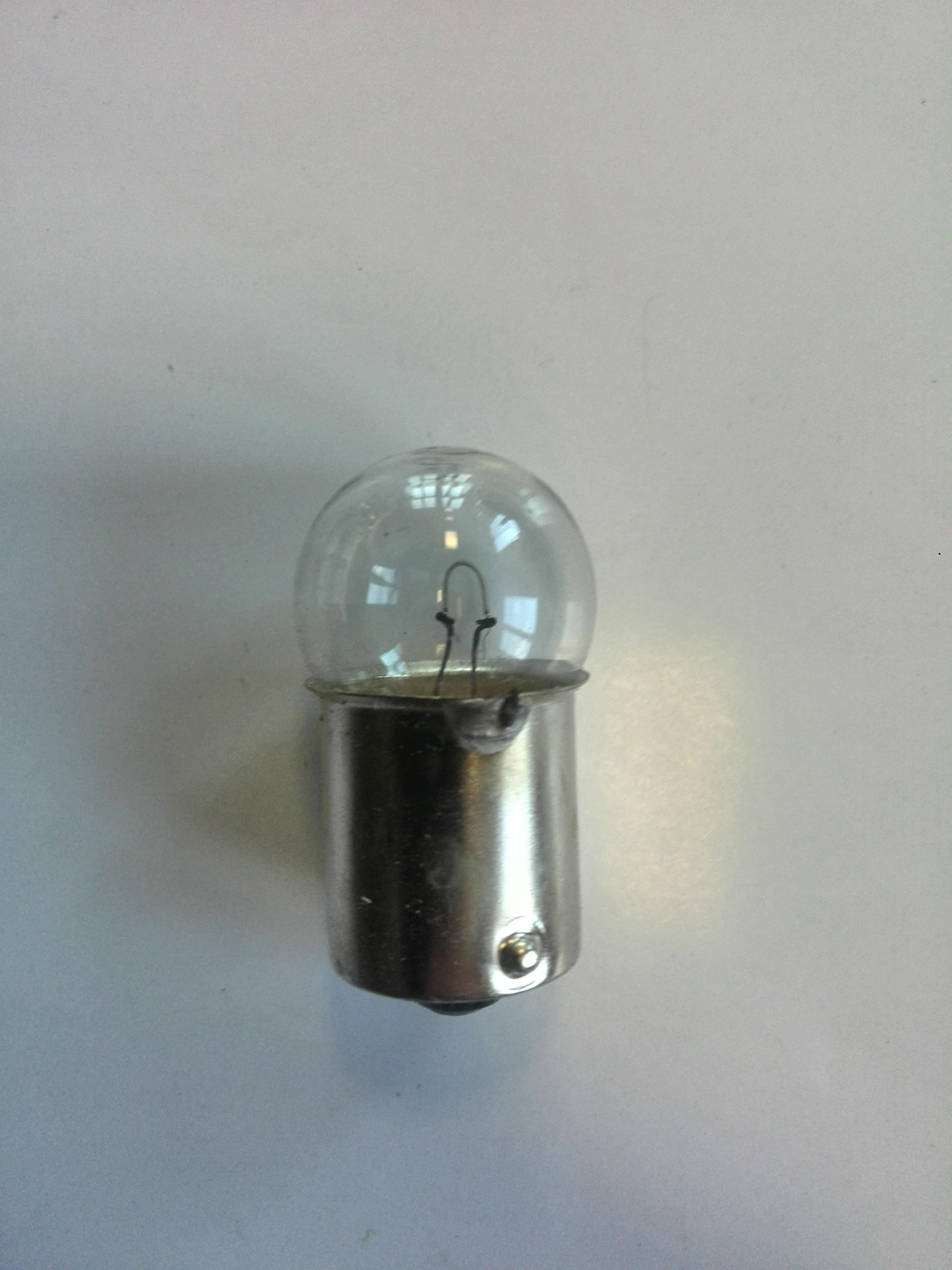 Žárovka 6V/15W s paticí - R15W - balení 10 ks