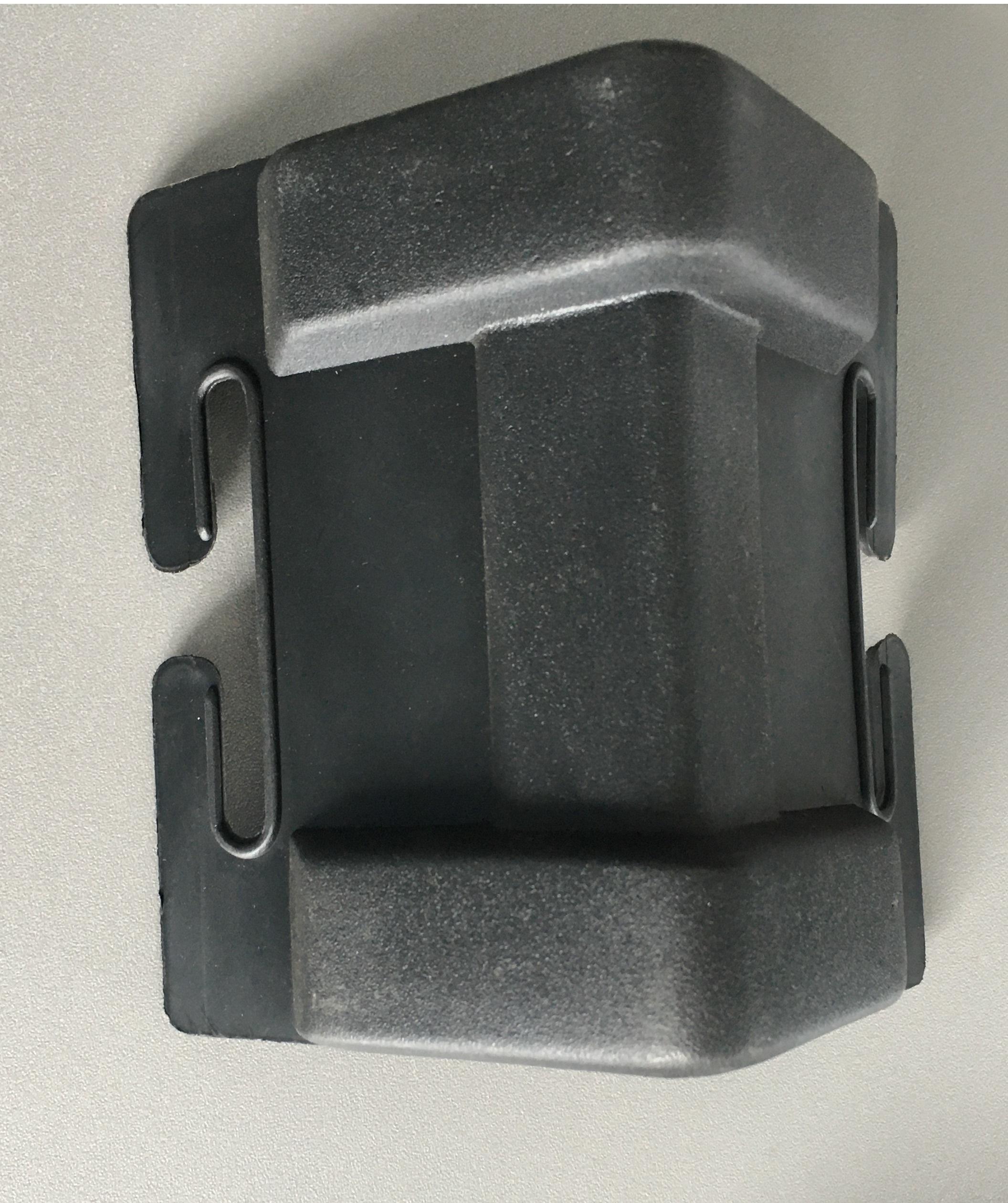 Ochranný roh 100 x100 mm černý, KPM černý B/N