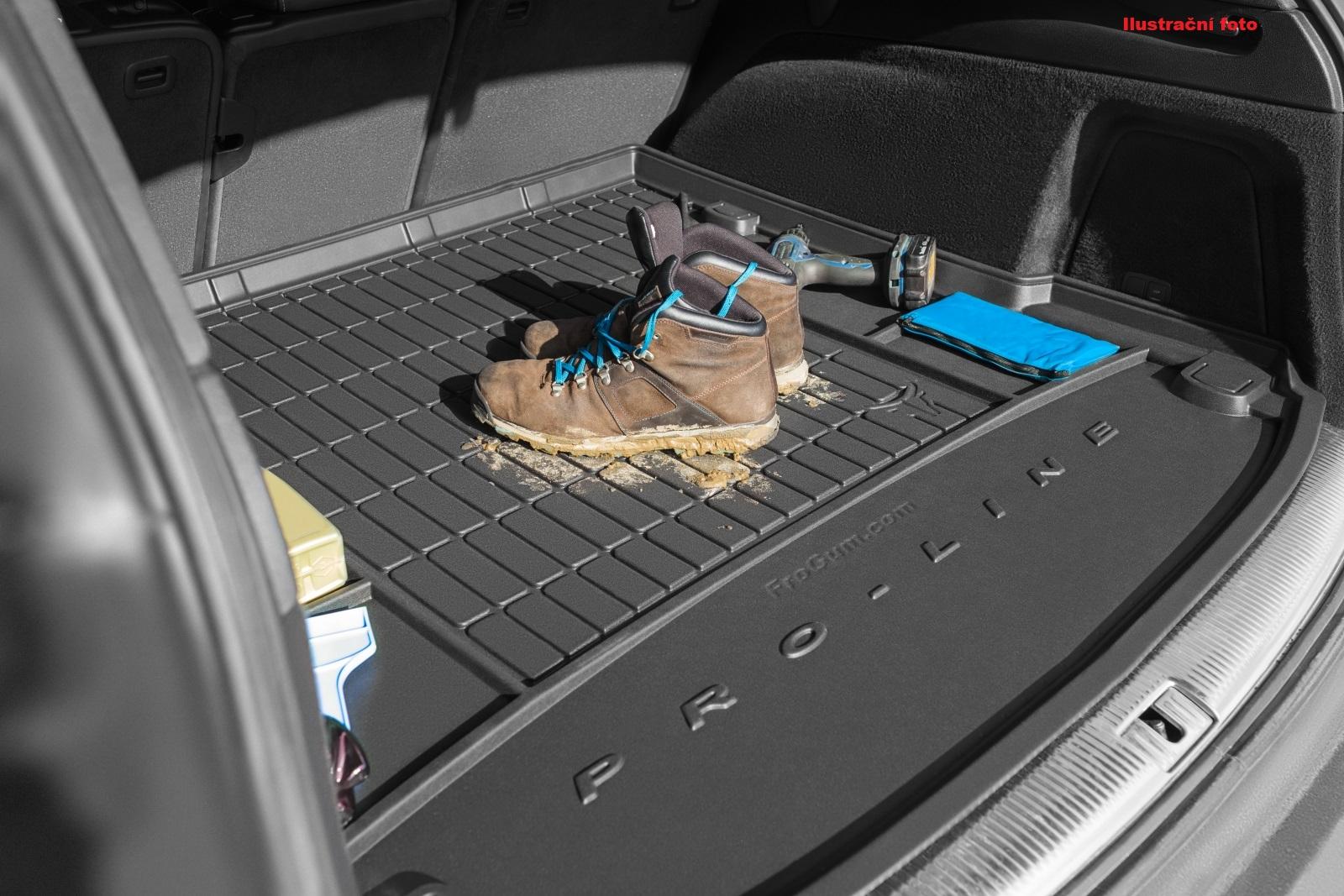 Vana do kufru Mitsubishi Outlander III 5os od 2012 bez plastové vložky do kufru